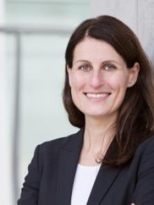 Profilbild von Christiane Becker HR Interim Management HR Consultant aus HeusenstammbeiFrankfurt