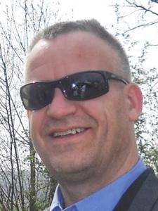Profilbild von Klaus Woelzlein Senior Consultant RZ-Betrieb und Planung / VMware / Windows / Linux / SAN / Storage / Datensicherung aus Oberaudorf